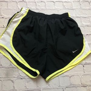 Nike black mesh panel running shorts size XS